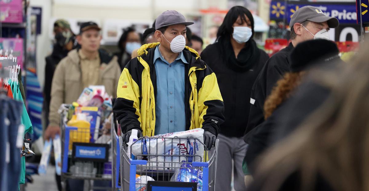 Walmart shoppers in New York during Coronavirus outbreak