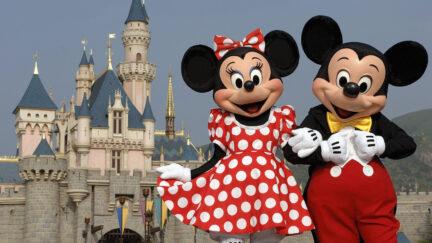Disney Dress Code