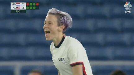 Megan Rapinoe celebrates winning PK