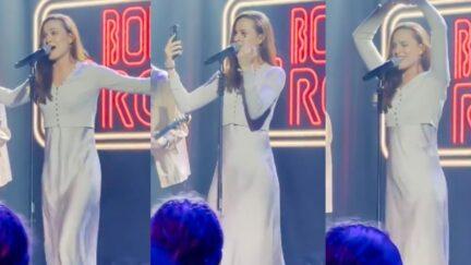 evan rachel wood giving finger at her concert